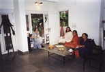 Photograph: 4 unknown woman sitting in The Queens Gallery in New Delhi (1998)