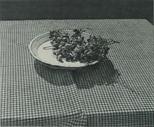 Teller mit späten Trauben